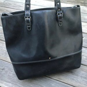 Tommy Hilfiger Women Shoulder Bag Black patent Lea